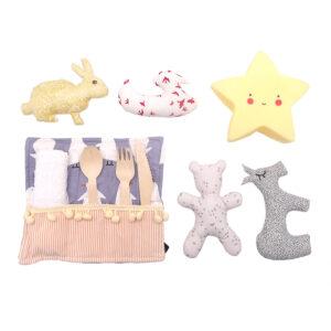 muñecos y cubiertos para bebe
