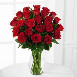rosas en florero