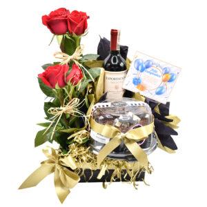 Rosas torta y vino