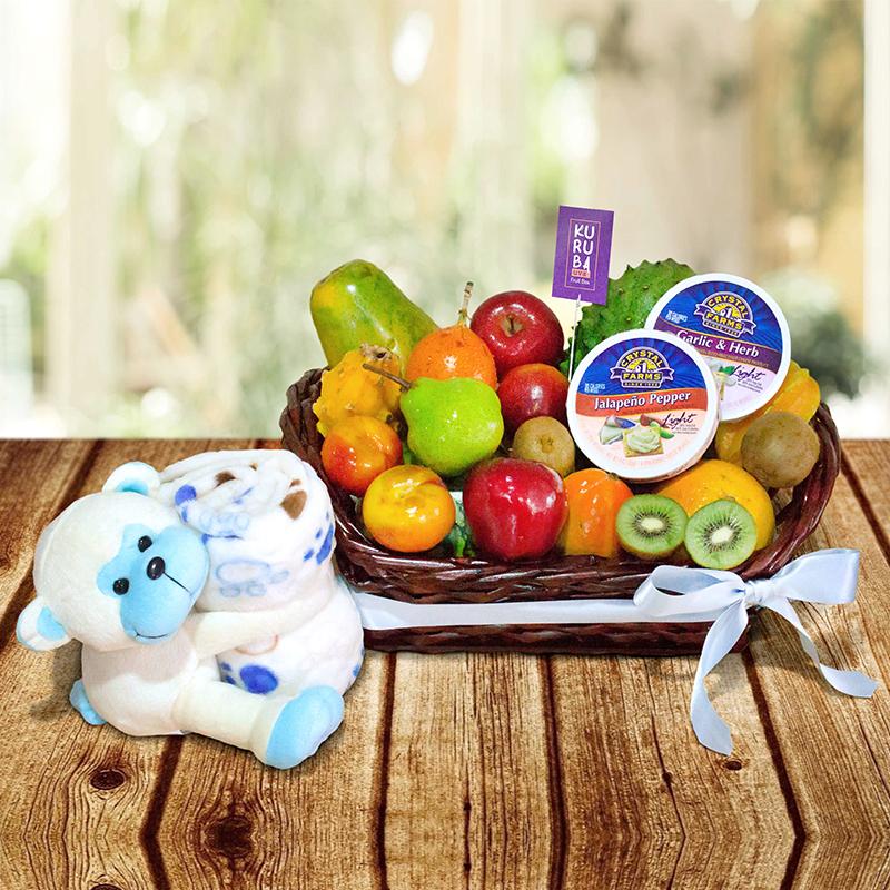 Canasta de Frutas con peluche de mico y cobija para bebé