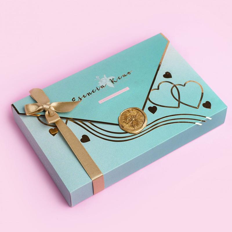 Bombones de chocolate en caja con forma de carta de amor, regalo para amor y amistad para novio